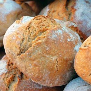 Nytår Takeaway: Friskbagt brød og smør